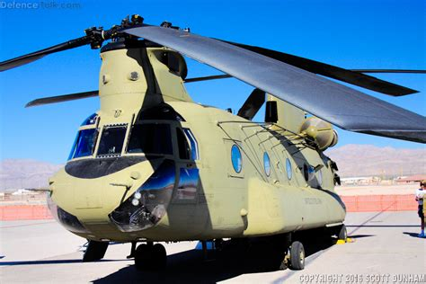 US Army CH-47F Chinook Helicopter | Defence Forum